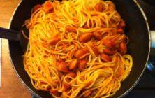 Koula's spaghetti-for-all