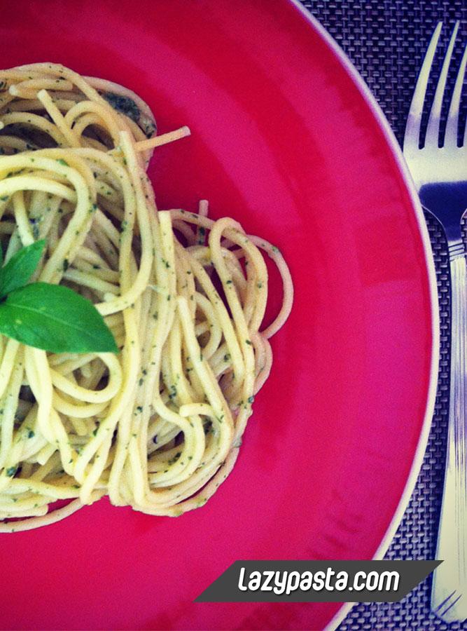 Easy Spaghetti al Pesto Genovese