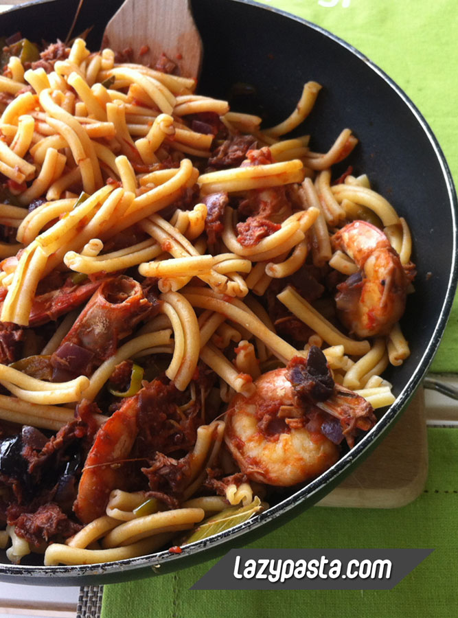 Casarecce with shrimps and tuna recipe.